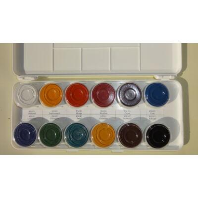 Gombfesték 12 féle színben bepasztásítva.